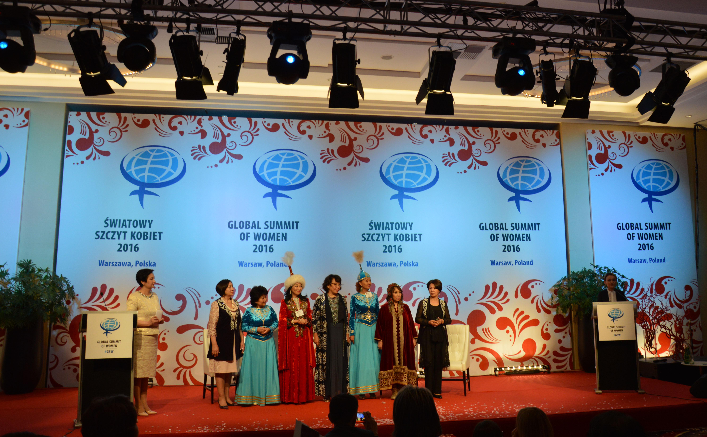 photo kazakh closing ceremony 3